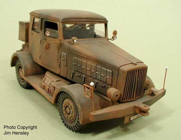 Modeling the F R  Batterie - The Hanomag SS-100